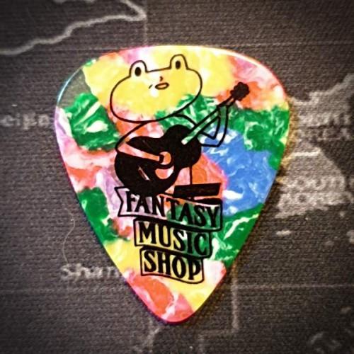 奇想蛙蛙Pick- 0.46mm彩虹賽璐璐溫暖厚度   單片價格
