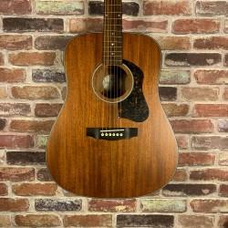 Guild D320 面單板民謠吉他